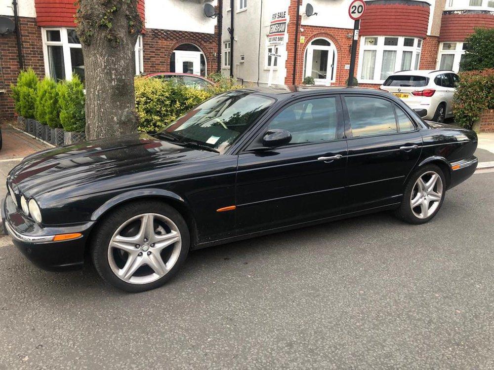 Jaguar XJ - (X350/NA3) (2003) 3.0 i V6 24V (238 Hp) | Kris | LoveCarReviews