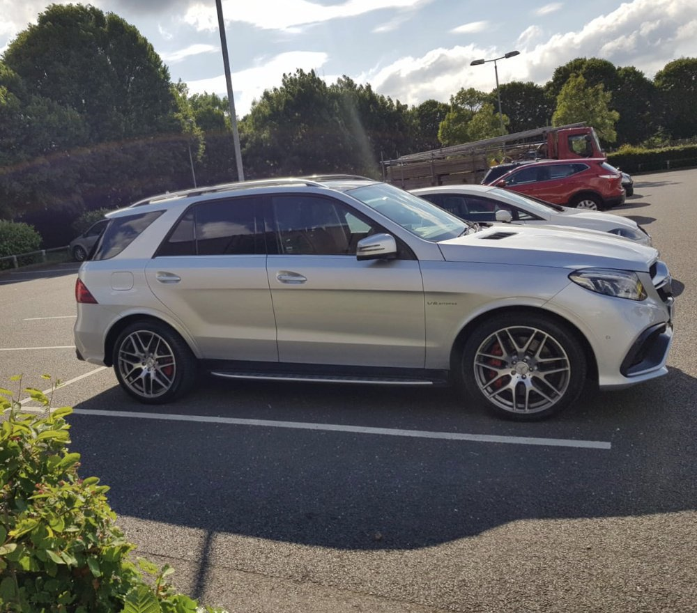 Mercedes-Benz GLE - SUV (W166) (2015) AMG 63 S V8 (585 Hp) 4MATIC G-TRONIC | Mrbluebenz | LoveCarReviews