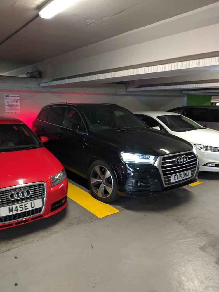 Audi Q7 - (Typ 4M) (2016) 2.0 TFSI (252 Hp) quattro Tiptronic 7 Seat | Jimmyjoejoe | LoveCarReviews