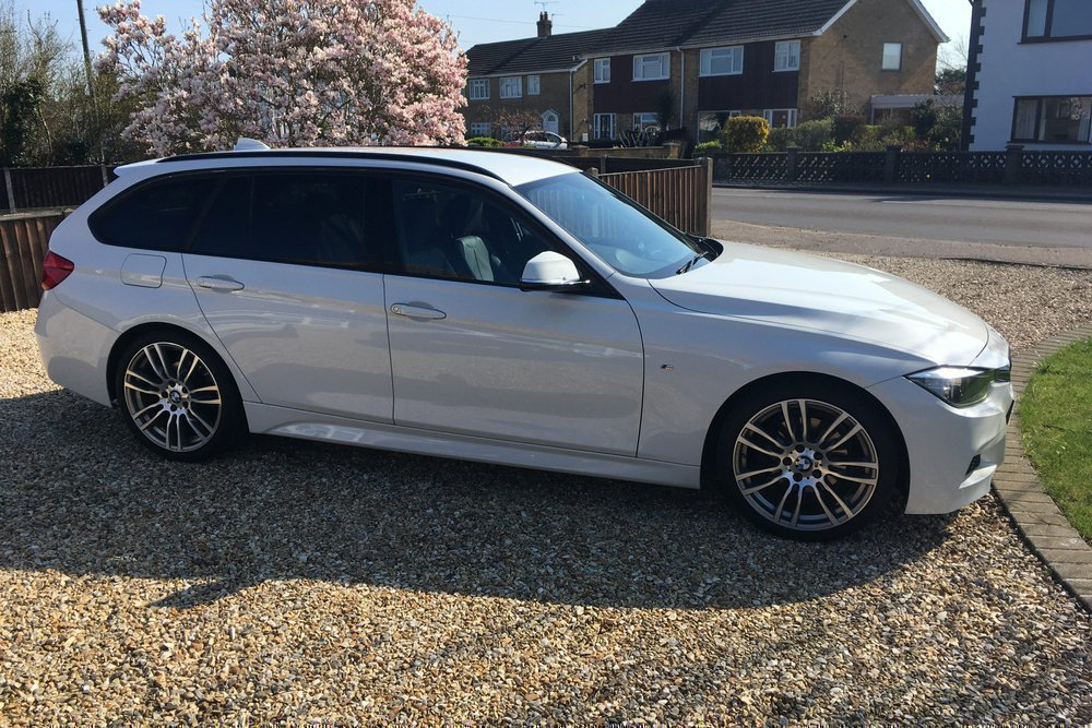 BMW 3 Series - Touring (F31) (2012) 320d (184 Hp) | Oibits | LoveCarReviews