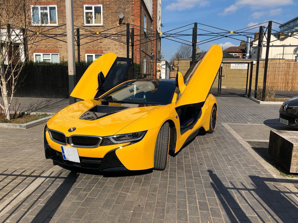 BMW i8 - Coupe (I12) (2014) 1.5/7.1 kWh (362 Hp) Hybrid Automatic | Sheardabili | LoveCarReviews